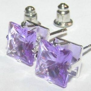 NWOT Square Cut Amethyst Stud Earrings Unisex